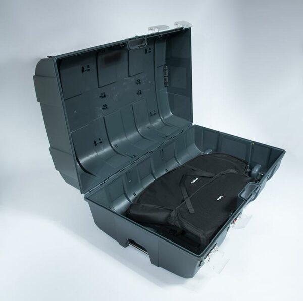La valise du comptoir peut contenir beaucoup de matériel