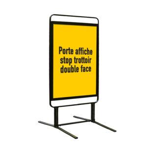 Porte affiche trottoir compact et robuste